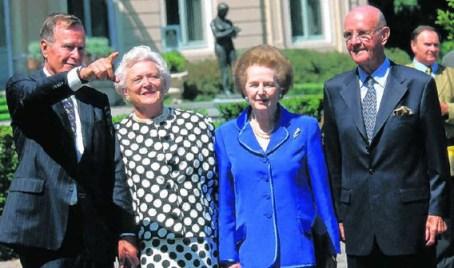 HW Bush, sa femme, la Wicked Witch et Roger De Clerck